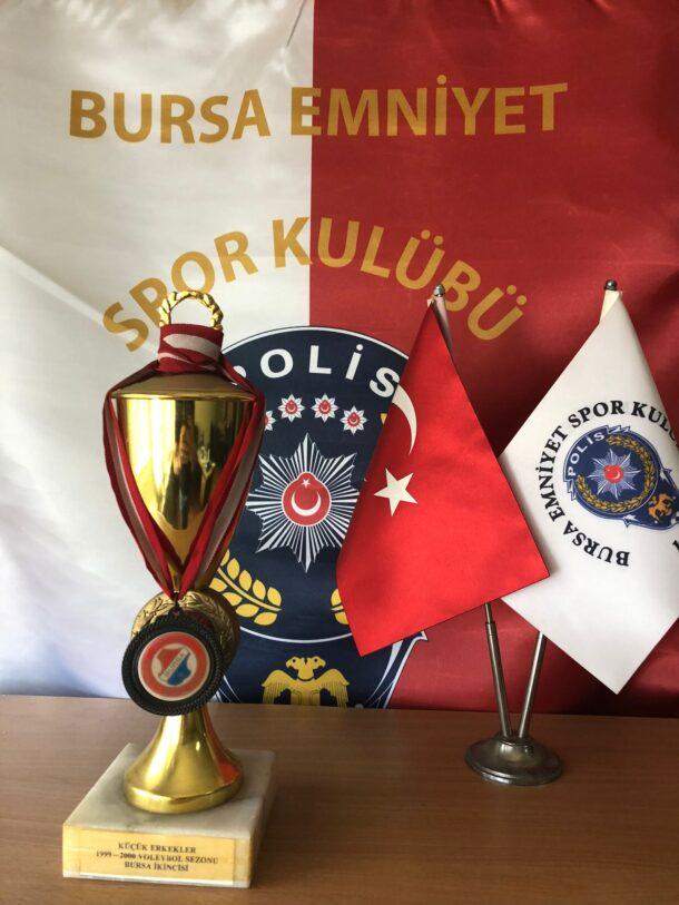 Küçük Erkekler 1999-2000 Voleybol Sezonu Bursa