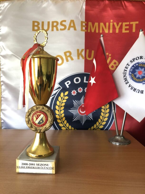2000-2001 Futbol Sezonu Yıldız Erkekler Üçüncüsü
