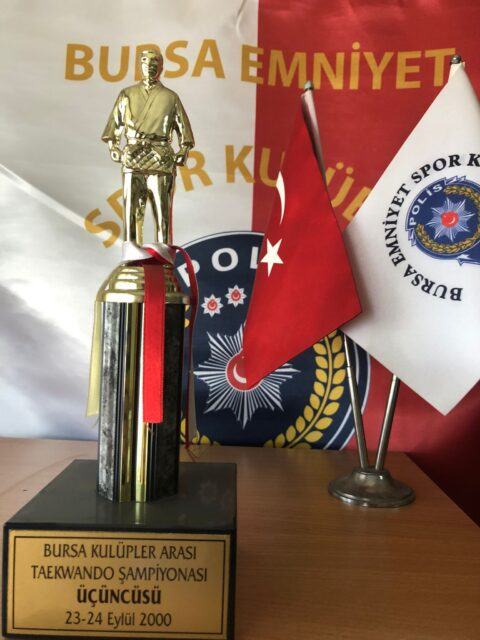 Bursa Kulüpler Arası Taekwando Şampiyonası Üçüncüsü 2000