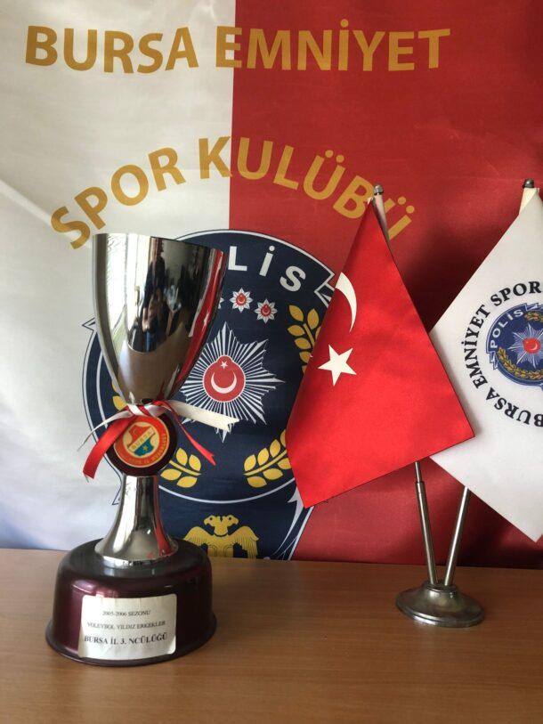 2005-2006 Voleybol Sezonu Yıldız Erkekler Bursa Üçüncüsü